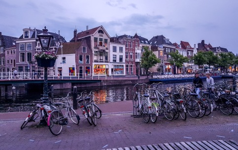 Canal en Leiden